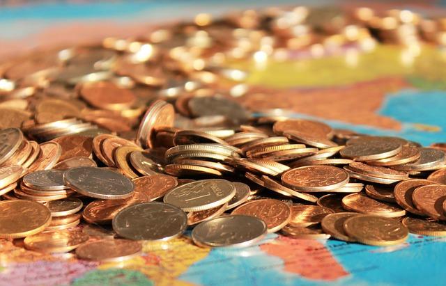 【速報】消費を減らし貯蓄へ家計支出2.3%減