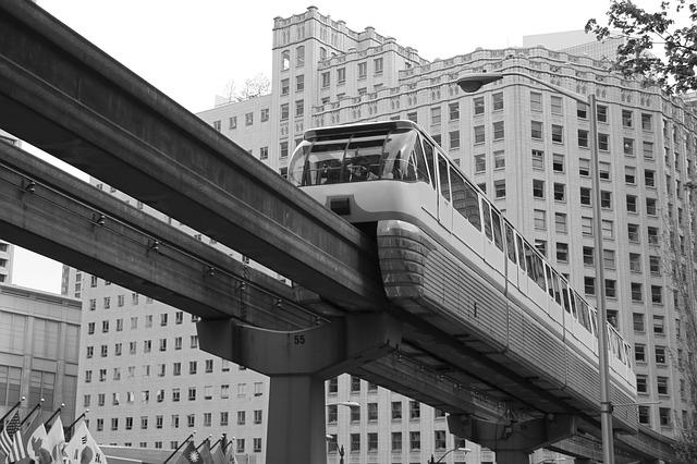 【国際】日本のモノレール、パナマの都市鉄道に採用へ