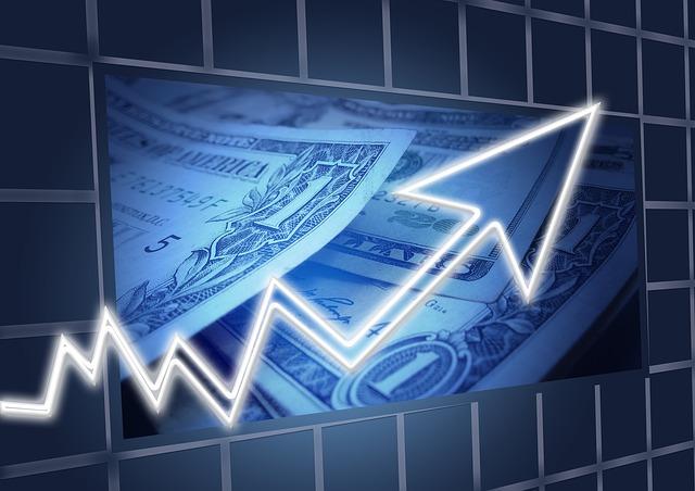 【IT】ミクシィ、今期純利益79%増に上方修正 モンスト好調