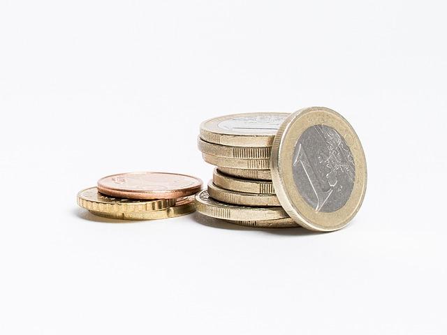 【経済】実質賃金、12月確報は0.2%減に下方修正